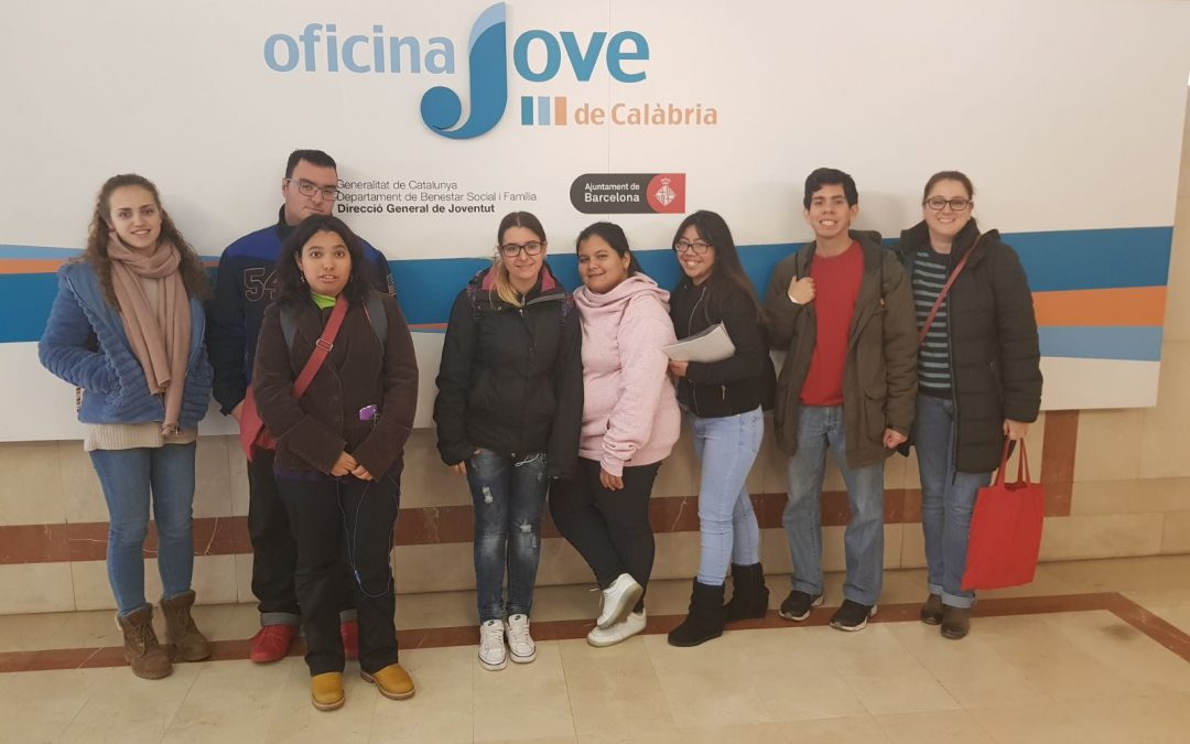 Els Joves de Garantia Juvenil visiten l'Oficina Jove de Treball i s'interessen per formació i possibilitats laborals