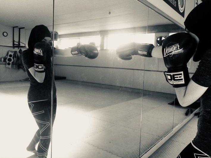Kickboxing: una herramienta para manejar el dolor, percibir el propio cuerpo y orientar la fuerza y la rabia